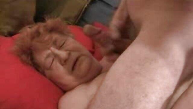 Femme jeux en ligne gratuit porno baise un inconnu