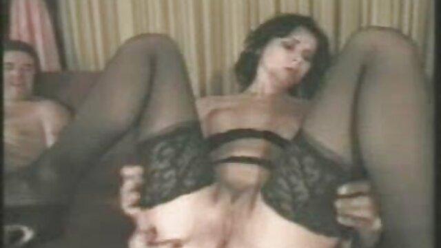 Jan présente Nikki à la jeux porno gratuit en francais BBC