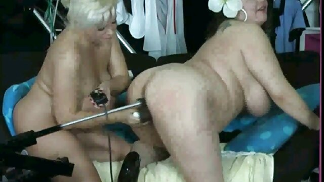 Nettoyage du corps de Sexxy jeu porno virtuel gratuit Brandon